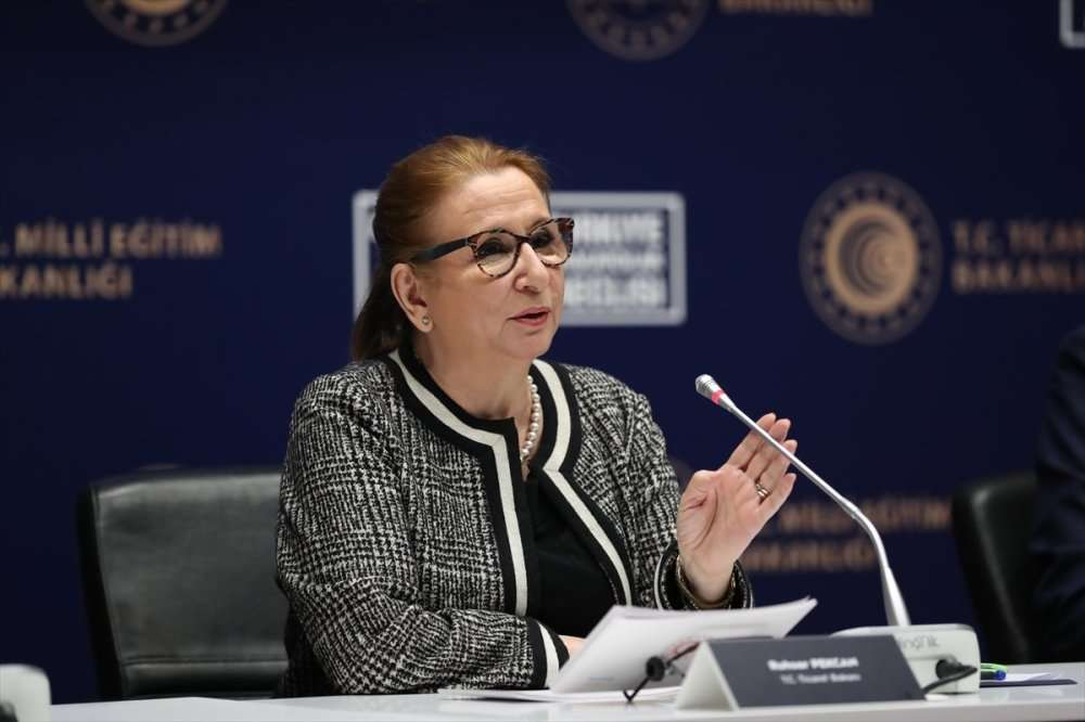Minister advises to enter new lyceums of foreign trade