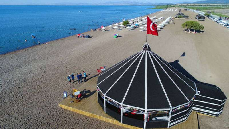The largest freshwater beach opens in Konya