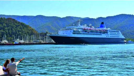 Turkey accepts its first cruise ship 16 months later