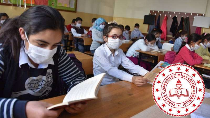 Will Turkish schools close or continue the education process?