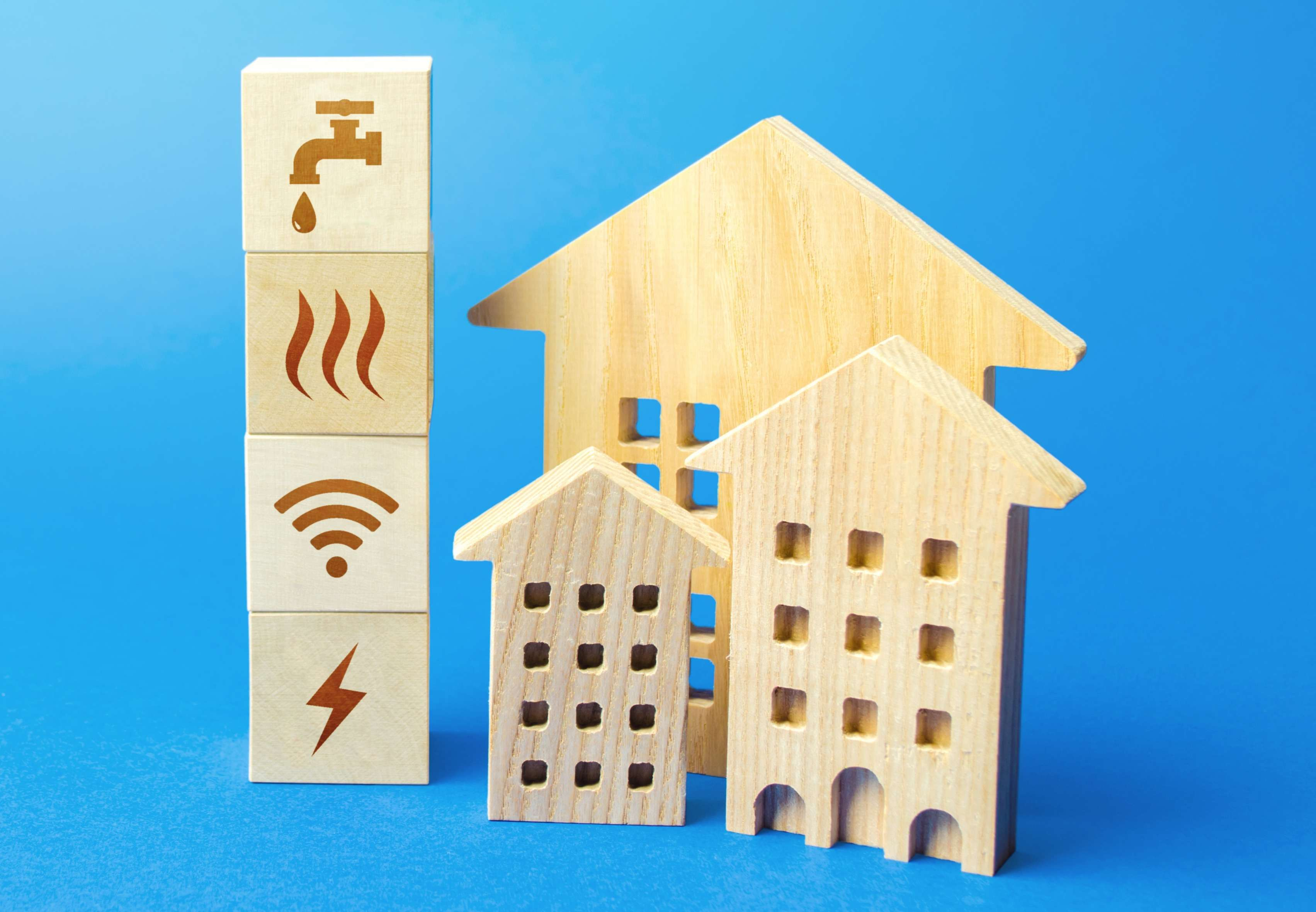 Utility bills, services and maintenance of houses and residential complexes