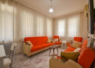 Hot Offer! Good Priced Furnished 2+1 Apartment With Pool For Sale in Mahmutlar